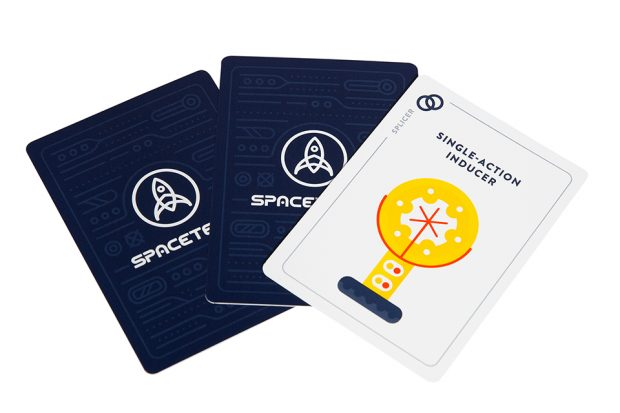 spaceteam_shouting_card_game_3