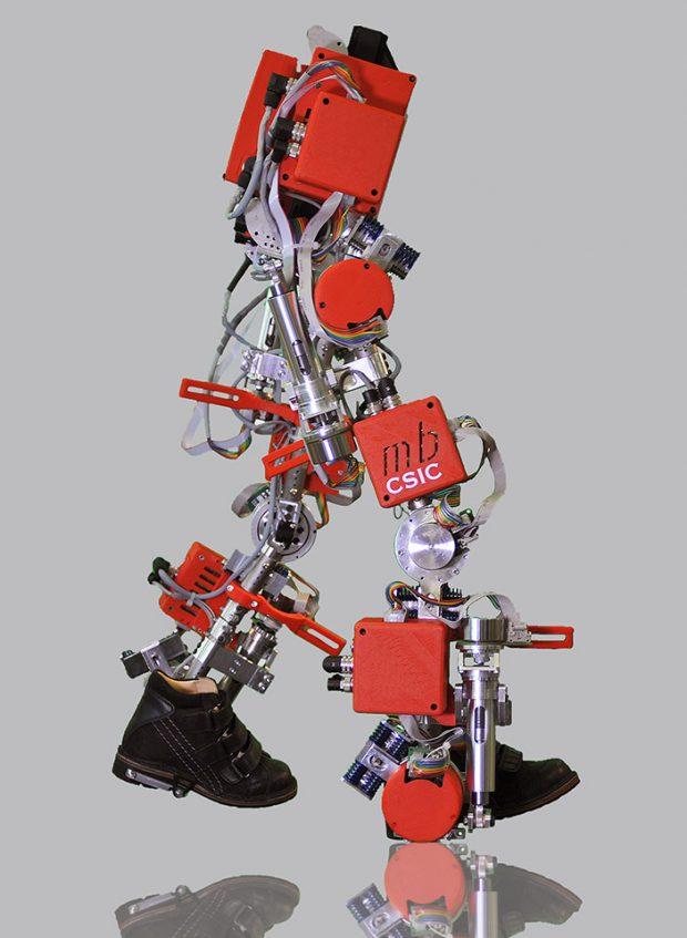 csic_exoskeleton_spinal_muscular_atrophy_2