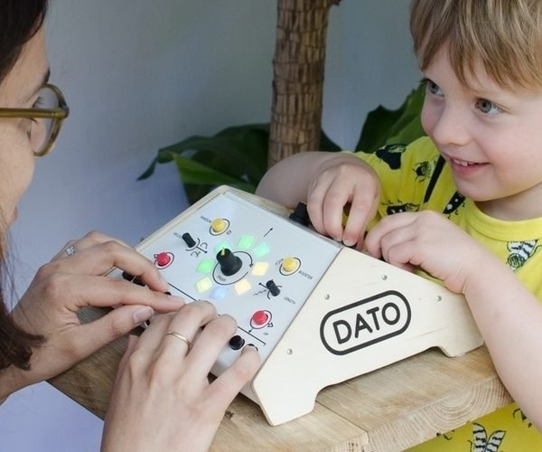 Dato Duo Is A Synthesizer Designed for Two