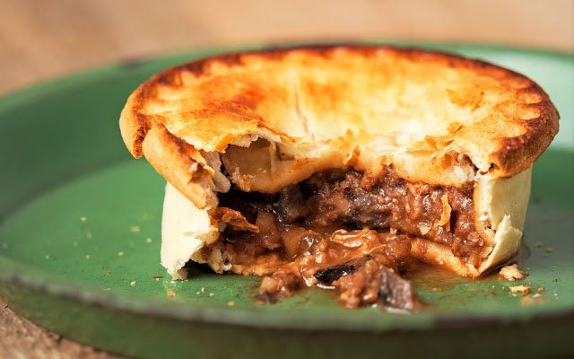 Make your own game of thrones kidney pie technabob to eliminate all the fat and other parts i certainly dont eat organs id never eat a kidney pie like this one that was inspired by game of thrones ccuart Images