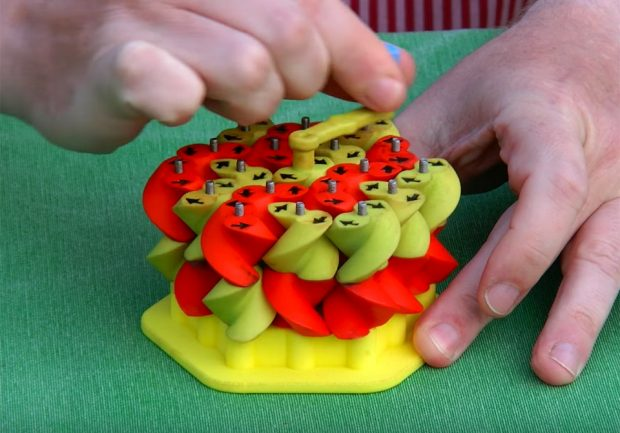 magic_gears_grid_triangular_gears_1