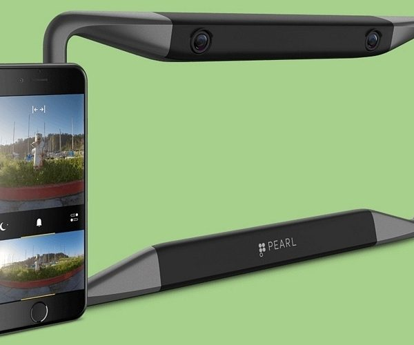 Pearl RearVision Rear-View Camera System Puts Eyes in the Back of Your Head