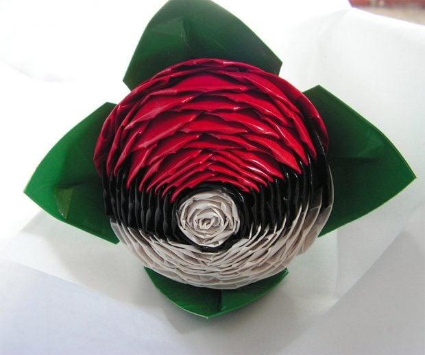 pokeball_duct_tape_roses_2