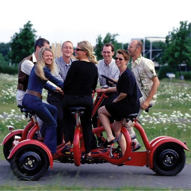 seven_person_tricycle_2