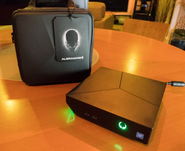 hands on review alienware alpha r2 compact gaming pc technabob. Black Bedroom Furniture Sets. Home Design Ideas