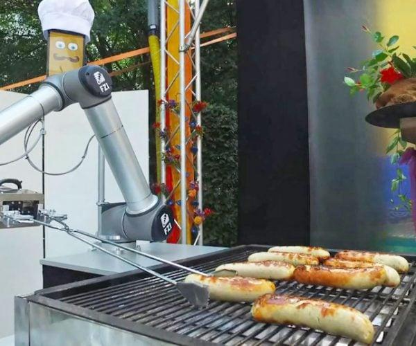 Bratwurst Bot Cooks and Serves Sausage