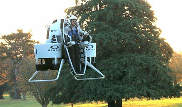bubba_watson_flying_golf_cart_1
