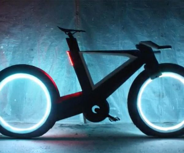 Cyclotron Spokeless Bicycle is a Pedal-Powered TRON Lightcycle
