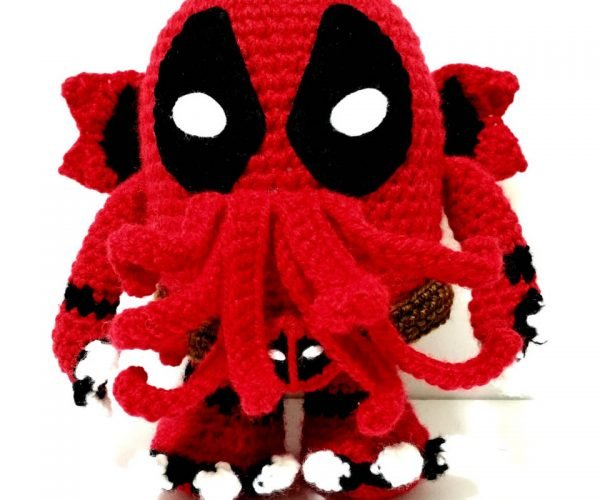 Deadpool Cthulhu Plush is the Itchy, Wisecracking End to Your Soul