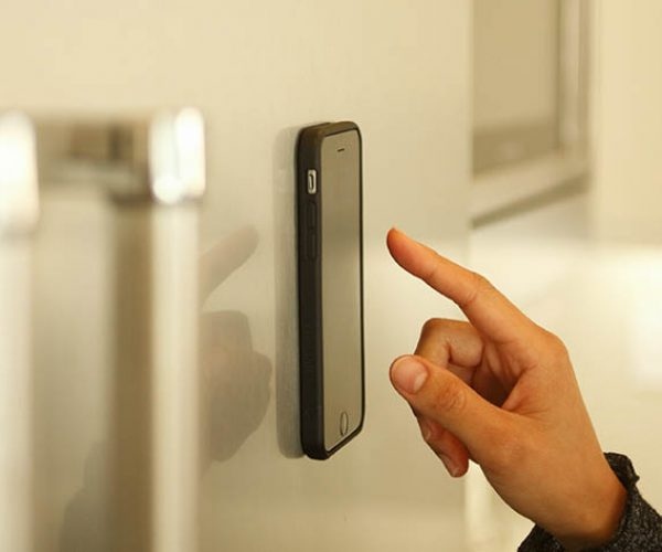 Deal: Save 25% on the Anti-Gravity iPhone Case