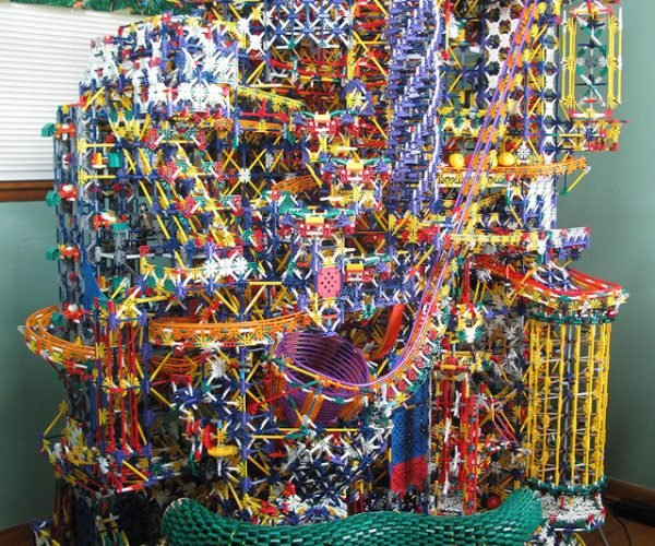 This Epic K'Nex Ball Machine Is a True Mechanical Marvel