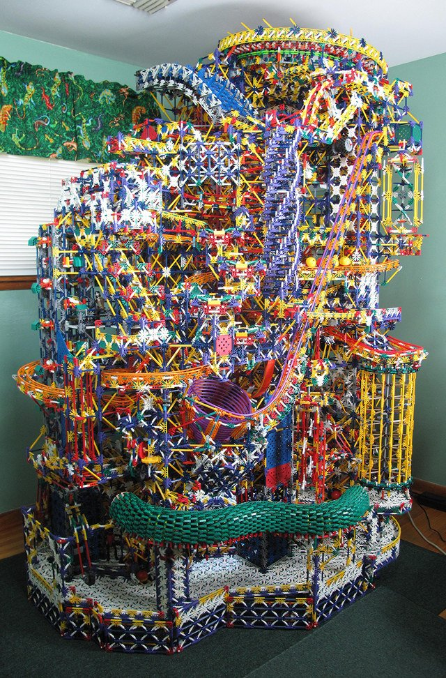 This Epic KNex Ball Machine Is A True Mechanical Marvel