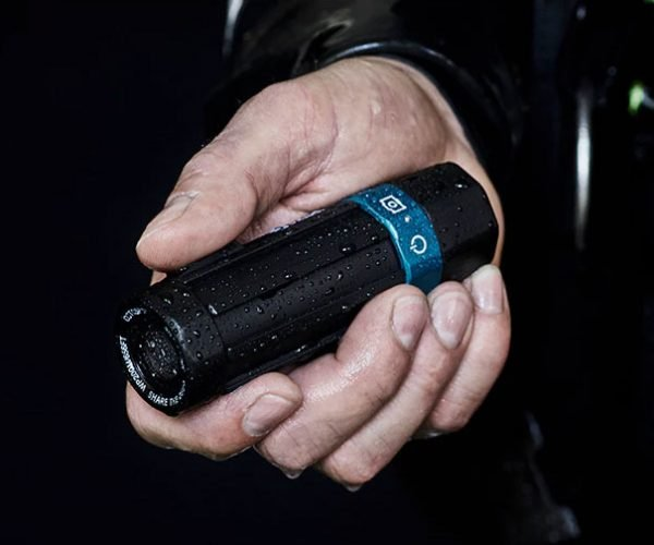 Octospot Diving Camera Can Survive the Dark Depths