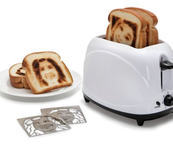 The Selfie Toaster Gives Everyone a Butter Face