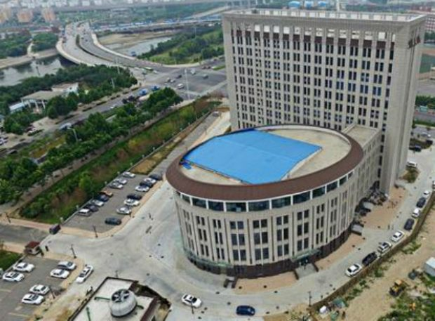 toilet_building_2