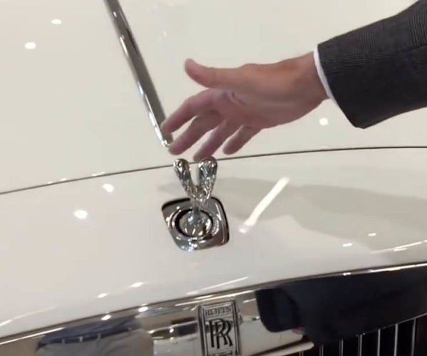 This Is Why You Can't Steal Rolls Royce Hood Ornaments