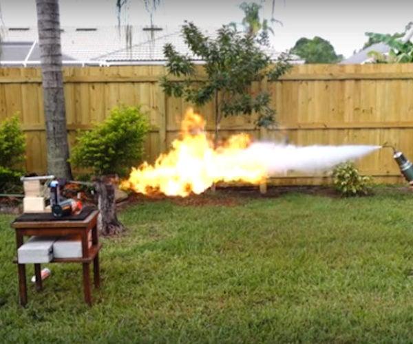 Liquid Nitrogen Freeze Ray vs Flamethrower