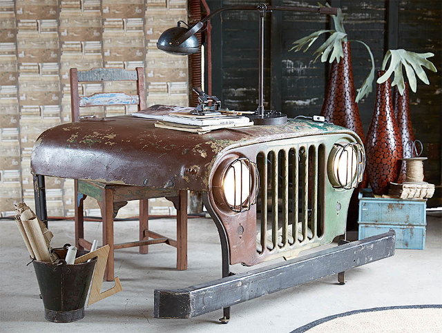 Vintage Jeep Hood Turned into a Desk - Technabob