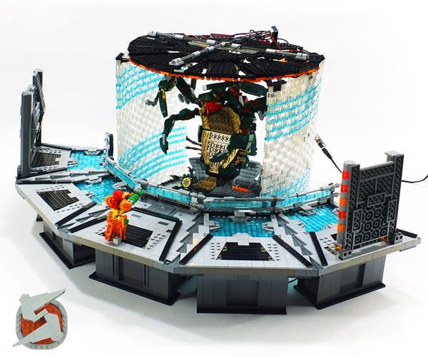 LEGO Metroid Prime Diorama: Parasite Queen Battle