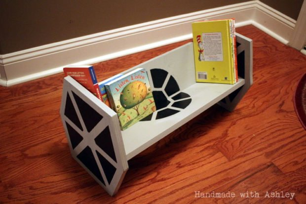 tie_fighter_bookshelf_3