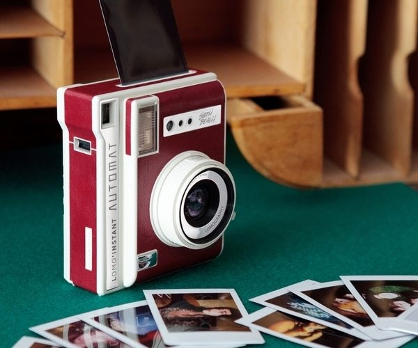 Lomo'Instant Automat Camera Combines Retro and Modern Tech