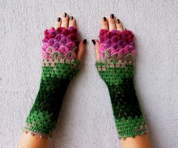 Winter is Coming, Better Get These Dragon Scale Crochet Gloves
