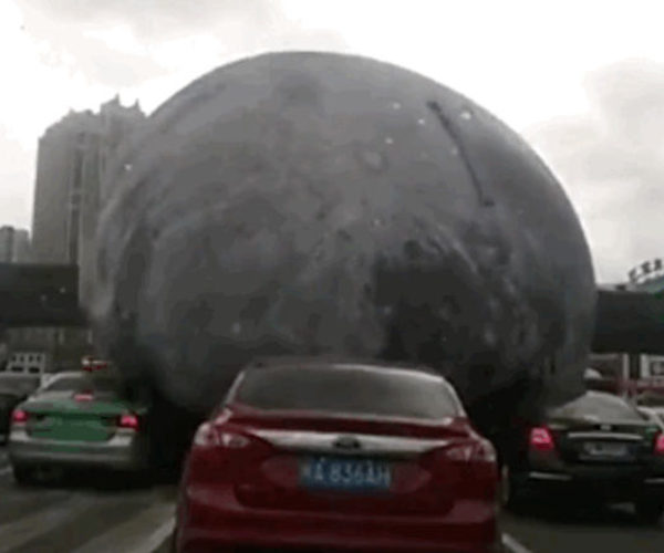 That's No Moon, It's a Rolling Death Machine