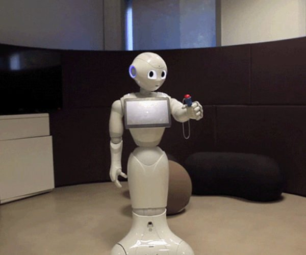 Pepper Robot Learns to Play a Child's Game