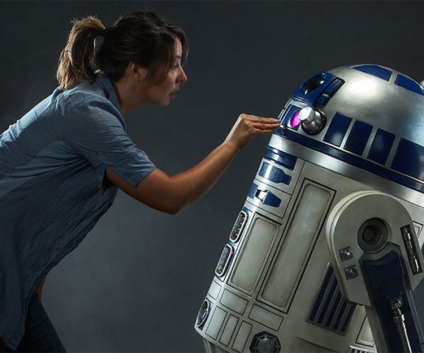 Life-Size R2-D2 Collectible is Every '80s Kid's Dream