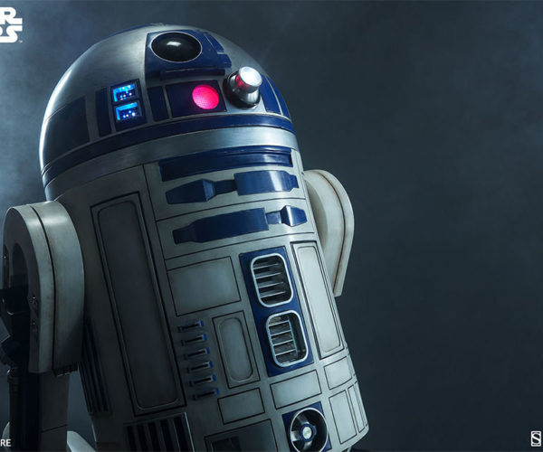 r2-d2-life-size-4