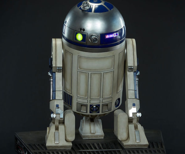 r2-d2-life-size-6