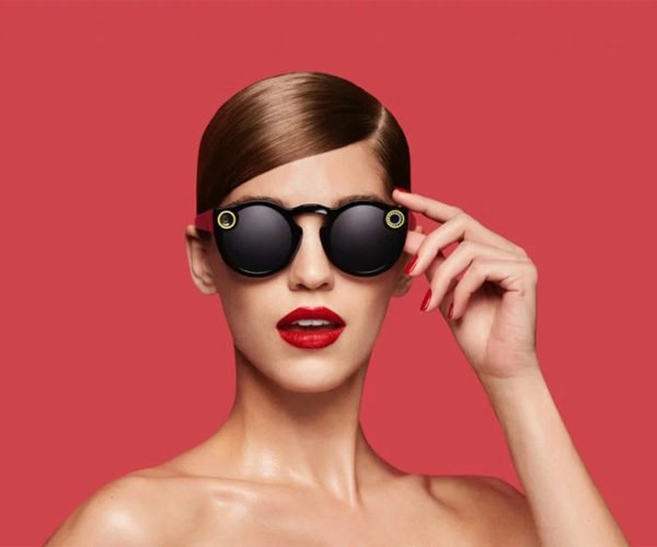 Spectacles Sunglasses Upload Videos to Snapchat
