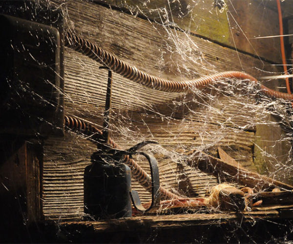 Webcaster Gun Lets You Sling Molten Hot Webs of Hot Glue
