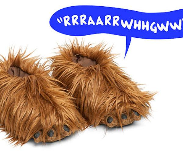Star Wars Chewbacca Slippers Make Wookiee Sounds: Footweawrrrrrr