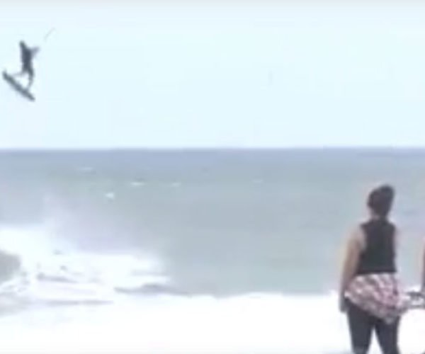 Hurricane Matthew Kitesurfer: Balls of Steel, or Balls of Stupid?