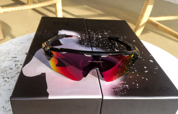 oakley_radar_pace_technabob_1-2