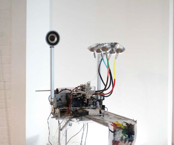 Electropollock Robot Uses Music to Paint