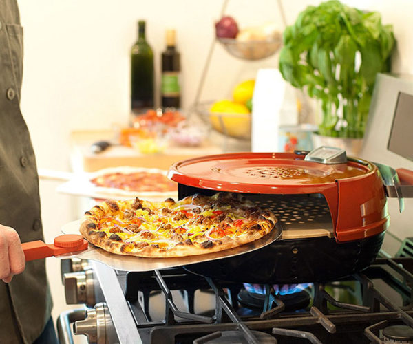 This Personal Pizza Oven Will Cook a Perfect Pizza in 6 Minutes