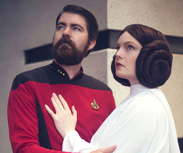 Star Wars/Star Trek Cosplay Mashup: I Love You, Make it So