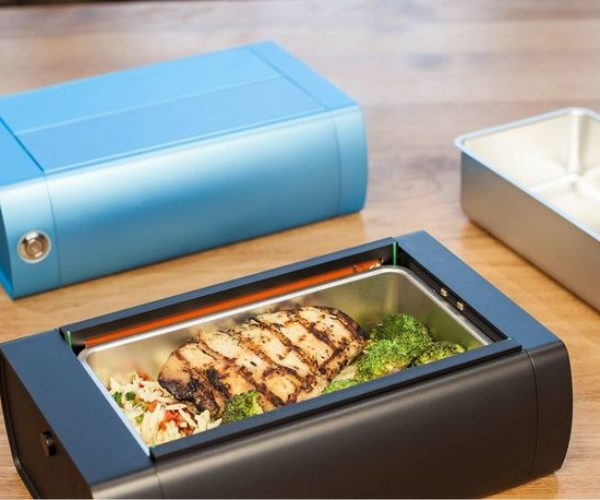 HeatsBox Is a Lunch Box That Warms up Your Food