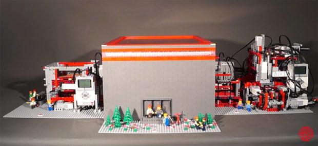 lego_factory_2