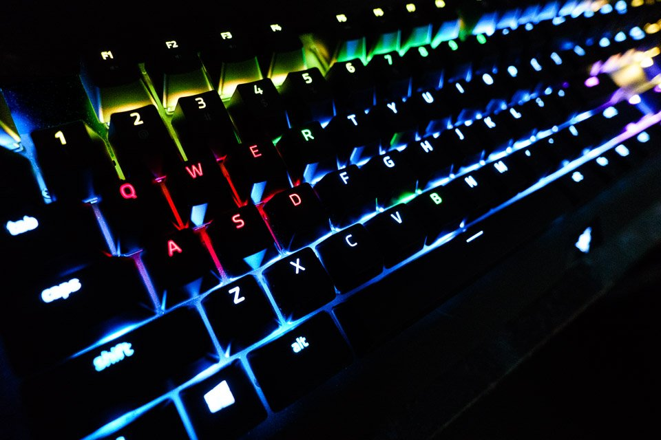 razer_blackwidow_x_chroma_keyboard_1