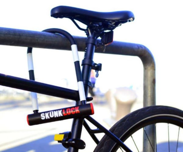 Skunklock Makes Bike Thieves Vomit