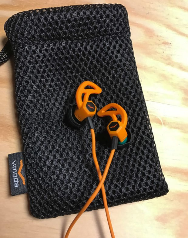 vmoda_forza_headphones_1