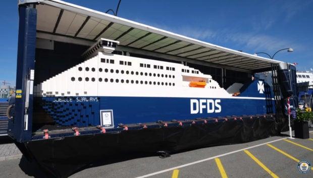 worlds_largest_lego_boat