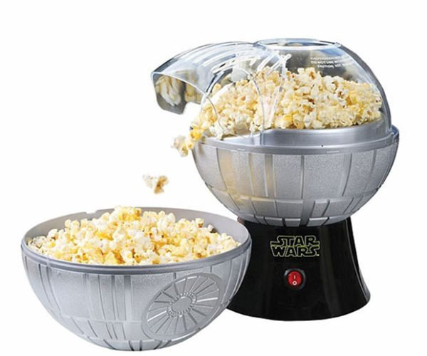 Death Star Popcorn Maker: The Dark Side Has Snacks