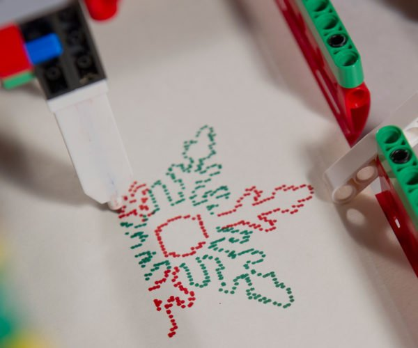 LEGO Machine Draws Custom Christmas Cards