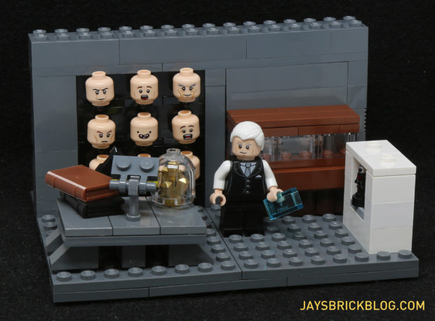 LEGO Ford's Office from Westworld: I Don't See Anything in This Picture