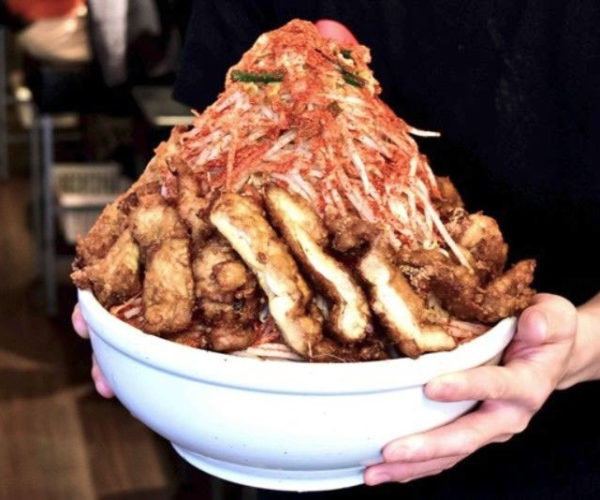 Japanese Restaurant Will Pay You 50,000 Yen to Eat This Ramen Quickly
