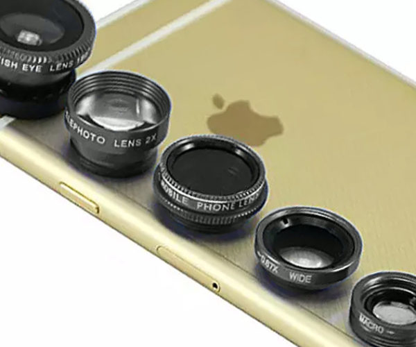 Deal: Save 75% on Clip & Snap Smartphone Camera 5-Lens Kit